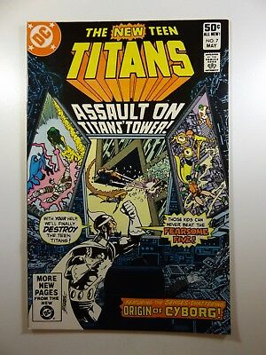 The New Teen Titans #7 Perez Art! Beautiful NM- Condition!!