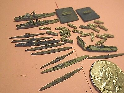 1:2400 scale die cast ,P.T. BOAT,SUBMARINE  ship lot -