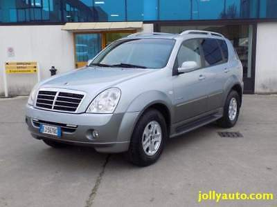 Ssangyong rexton ii 2.7 xdi tod deluxe