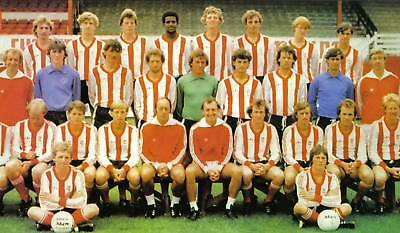 Lincoln City Football Team Photo>1980-81 Season