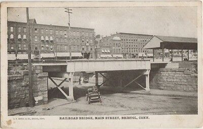 BRISTOL CONN CT - RAILROAD BRIDGE at MAIN STREET with OLD CAR 1905 - UNDEVELOPED