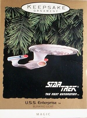 Hallmark Keepsake Ornament - Star Trek - Magic - U.S.S. ENTERPRISE  26