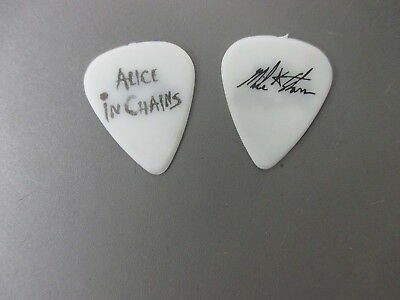 Alice In Chains guitar pick Mike Starr white bass pick Alice In Chains !