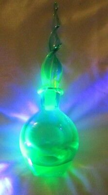 Vintage Murano Turquoise Uranium Glass Sommerso Perfume Scent Bottle Spiral Top