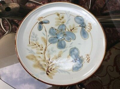 """Lovely Large HIGHLAND STONEWARE Scotland Hand Painted FLORAL PLATE * 12"""" dia VGC"""