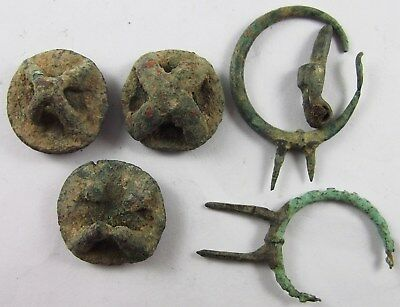 PERSIA, AMLASH ,2nd millennium, 3 BRONZE BUTTONS AND PAIR OF BRONZE EARRING,RARE