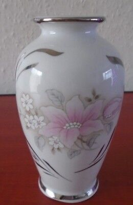 pretty little ceramic vase with pink flowers 12.5cm