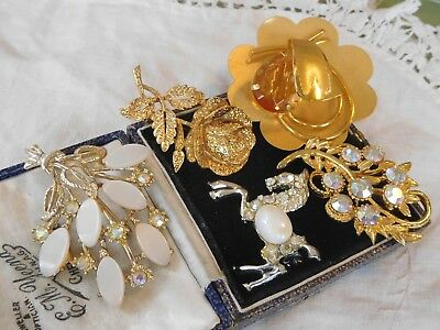 Lovely Mixed Collection of Vintage 1950s/60s BROOCHES