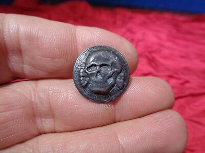 Vintage Metal Figural Button Jolly Roger Pirate Button