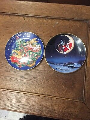 Pair Of Avon Christmas Plates 1995 Trimming The Tree 1988 Greetings From Santa