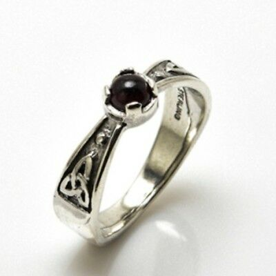 Celtic Triskele Ring .925 Sterling Silver Sz 8 w/ genuine Black Onyx gemstone