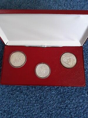 China 1980 Set Of 3 Silver Olympic Proof Coins In Box   One  20-Y And Two 30-Y