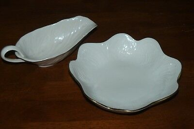 Lenox Leaf Shaped Gravy Sauce Boat and Candy Dish Center Bowl EUC