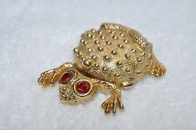 Beautiful Gold-Tone Metal Frog With Flip-Up Hidden Compartment For Makeup?