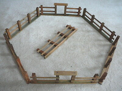 """Antique Wood Wooden Feather Tree Christmas Tree Fence - 7-14"""" Pieces - 2 Gates"""