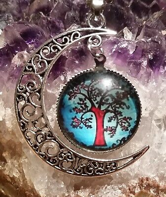 Wow - New Adorable Pendant With Glass Tree Of Life & Half Moon Plus Chain