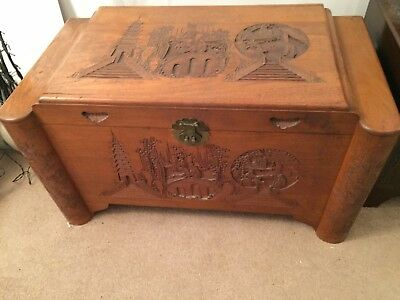 Camphorwood / Chinese Oriental carved wooden Chest