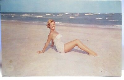 1960 Risque Postcard Welcome To The Wide White Sand Beaches N Carolina , Girl