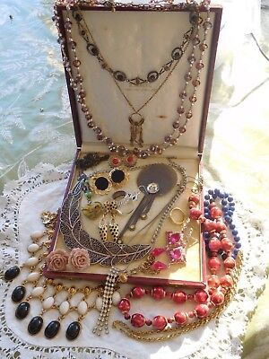 Lovely Mixed Collection of Vintage 1950s/60s/70s/80s Costume Jewellery
