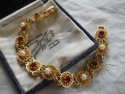 Beautiful Vintage 1960s Red Crystal Pearl Bracelet