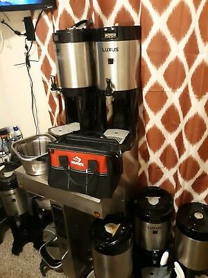 Fetco CBS-2052e EXTRACTOR Twin Coffee Brewer Double Commercial Machine 240V