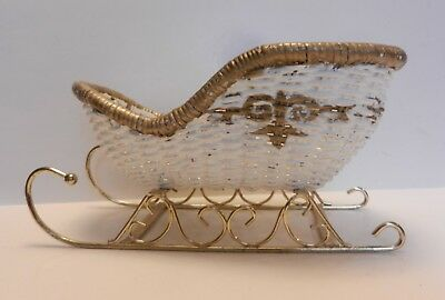 Vintage White Wicker Rattan Sleigh - Candy Holder - Christmas Decoration