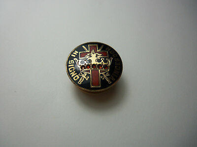 Vintage PIN IN HOC SIGNO VINCES 5 Red Stones  Knights Templar Masonic Christian?