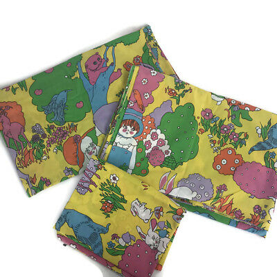 Vintage 1970s Cannon Psychedelic Animals Kids Twin Sheet Set Retro
