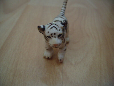 Schleich Germany White Tiger Cub Siberian Tiger Collectable Toy Figurine -084