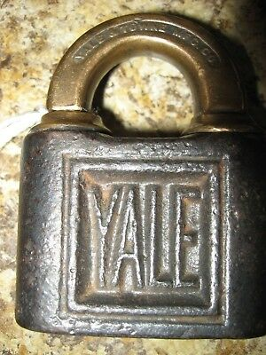 Antique Vintage Yale & Towne Brass Padlock Shamrock Stamp No Key Stamford Conn