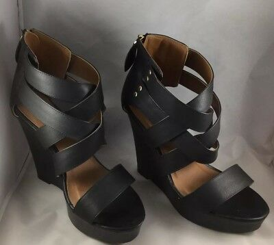 8318cede339 CHARLOTTE RUSSE BLACK Strappy Wedge Size 8 Pre-Owned -  16.99