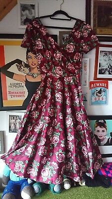 ee5b9df1c4d7 Collectif Clothing Maria Bloom Roses Swing Dress in Beet Red XS Rockabilly  retro