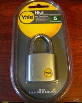 Yale Y120/40/125/1 Solid Brass Body Padlock Boron Steel Shackle Satin Chrome
