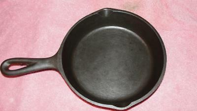 """Cast Iron Skillet Unmarked Lodge #3 3 Notched Heat Ring 6 1/2"""" x 10"""" x 1 1/2"""" 41"""