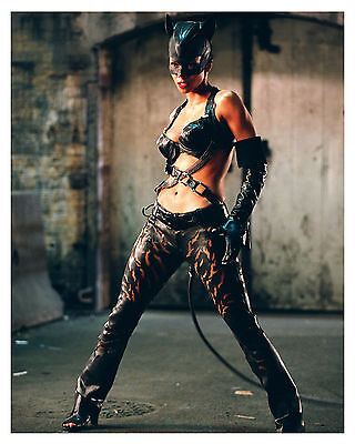 ** HALLE BERRY ** CATWOMAN **  8x10 Glossy Print *c*