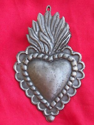 Tin/Silver Sacred Heart with Wavy Flame Milagro Ex Voto