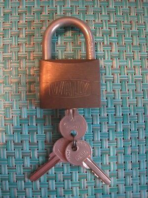 Vintage Wally Large Padlock Brass & Steel Made in Italy with (3) Keys