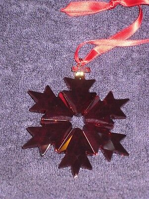 Swarovski Annual Edition 2018 Christmas Ruby Snowflake Ornament - 5460487 - NIB