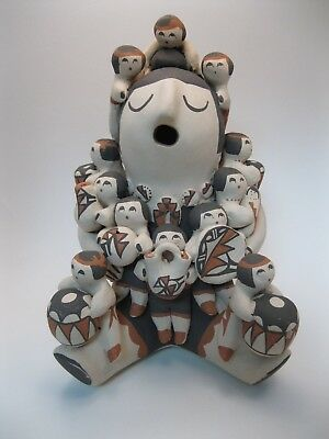 Beautiful Vintage Mary E Toya Jemez Pueblo Pottery Storyteller