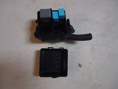 Engine Compartment Front Right Fuse Relay Box With Harness Plugs & Cover Obm016