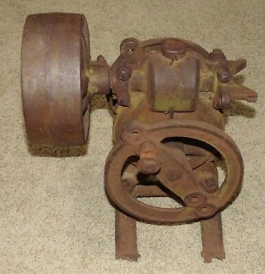 Antique Cast Iron Windmill Water Well Pump Jack Dain Mfg. Company Iowa