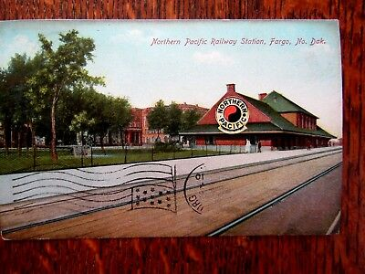 1910 Northern Pacific Railway Station Postcard Fargo N.d.r.r.post Office