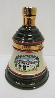 Bell's Old Scotch Whisky Christmas 1989 Decanter Wade Porcelain - TRO P6