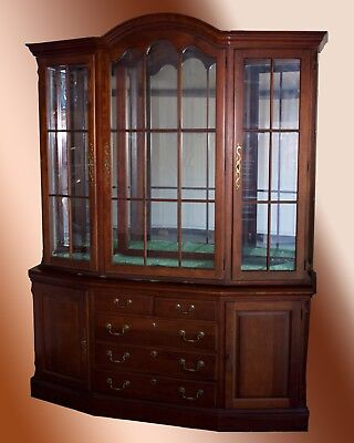 Thomasville Cherry Dome Top China Cabinet