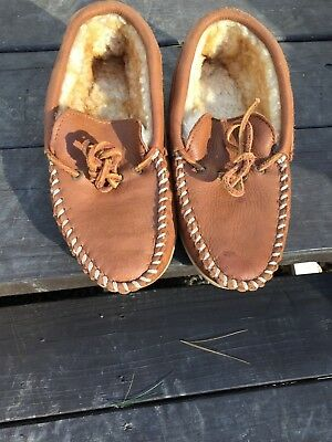 566d16a04d4 CABELA'S MENS SIZE 8 Suede Shearling Linned House Shoes/Slippers TAN Color
