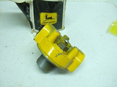 John Deere Hydraulic Filter Head-AT63421-28-30 GPM-Used on Loaders 350C 450C 550