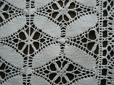 18-19c Antique Runner Bedfordshire Maltese bobbin Lace H done Deco style Europe