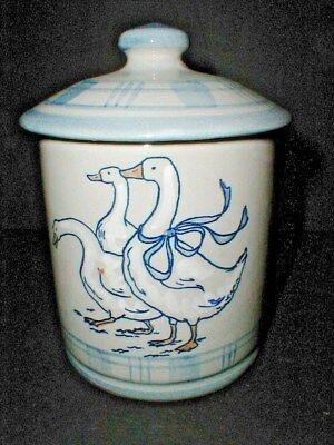 Louisville Stoneware USA Kentucky GAGGLE of GEESE Coffee Canister w Lid