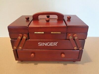 Vtg. SINGER Sewing Accordion Fold-Out BOX for Thread Spool Needles etc.. Storage