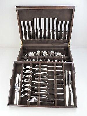 84-pce SILVER ART DECO GRECIAN PATTERN CANTEEN of CUTLERY, 8 person service set